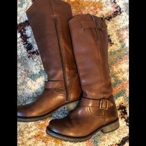 Genuine 100 leather Steve Madden boots